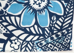 ヘイニ刺繍サイン